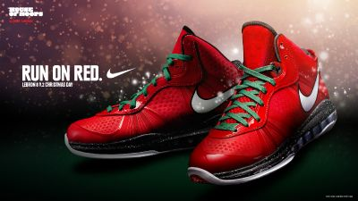 Nike Air Max LeBron VIII (8) V.2 Christmas Day Edition