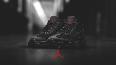 Air Jordan XI (11) Low IE Retro Black/ Red