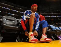 Allen Iverson - reebok answer 12 Detroit Pistons home
